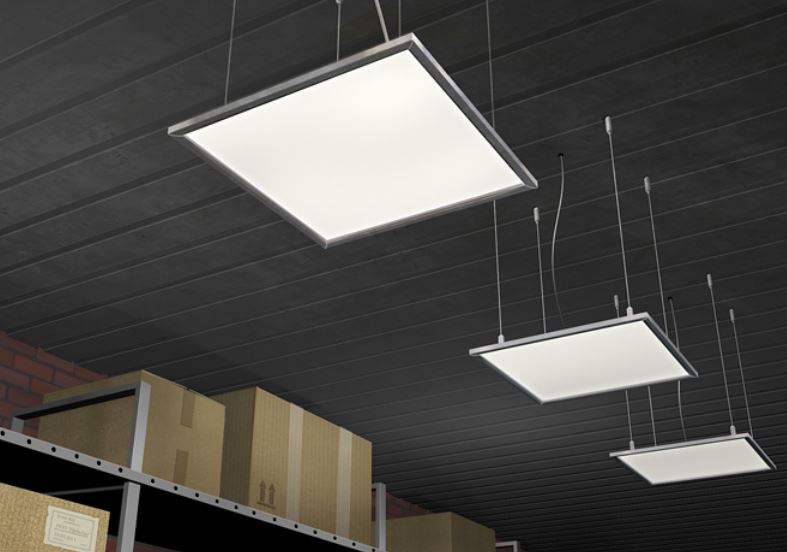 Световые панели на складе